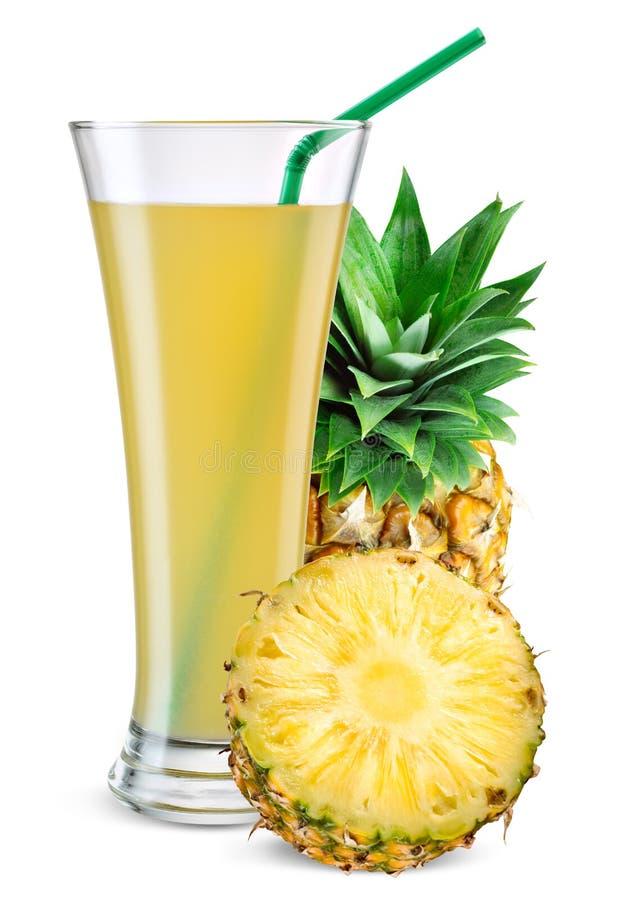 杯菠萝汁用在白色隔绝的果子 库存图片