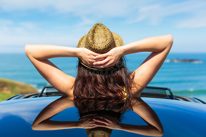 松弛汽车旅行暑假 库存图片