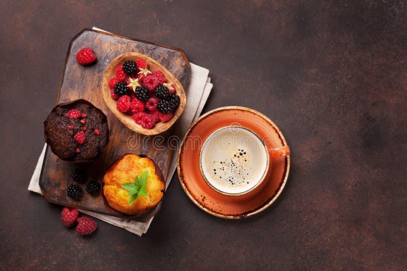 松饼和咖啡 免版税库存图片
