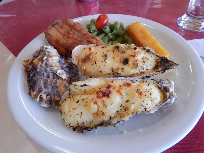 板材用牡蛎和肉 图库摄影