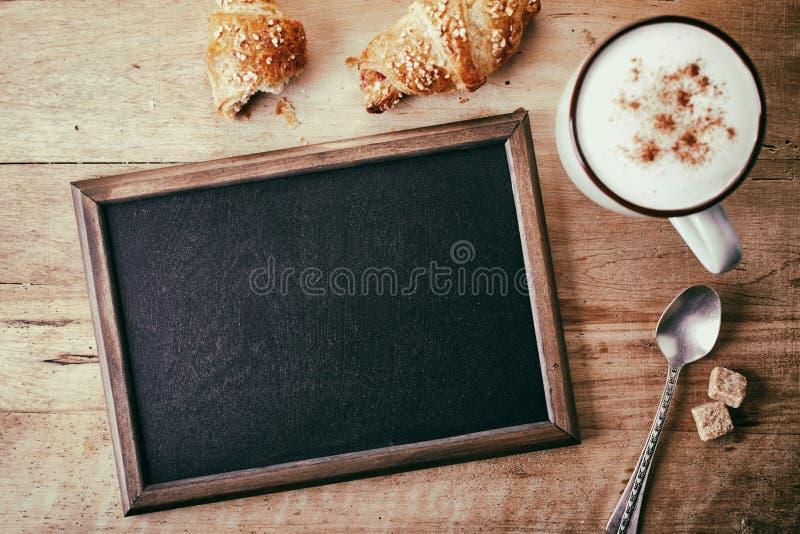 黑板空白支票例证更多我的请投资组合文教用品 库存图片