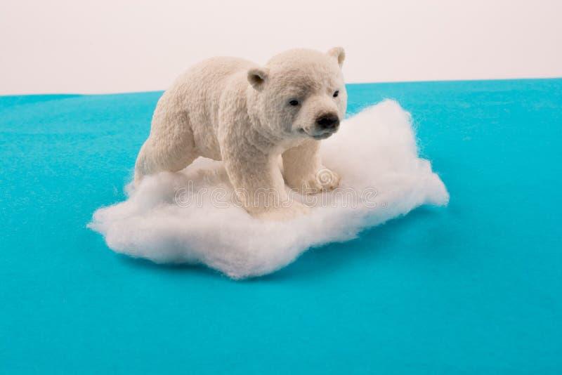 极性涉及在水的冰 免版税库存照片