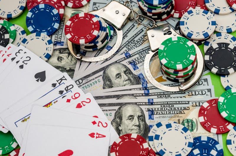 构想`处罚和赌博的`,在绿色 免版税图库摄影