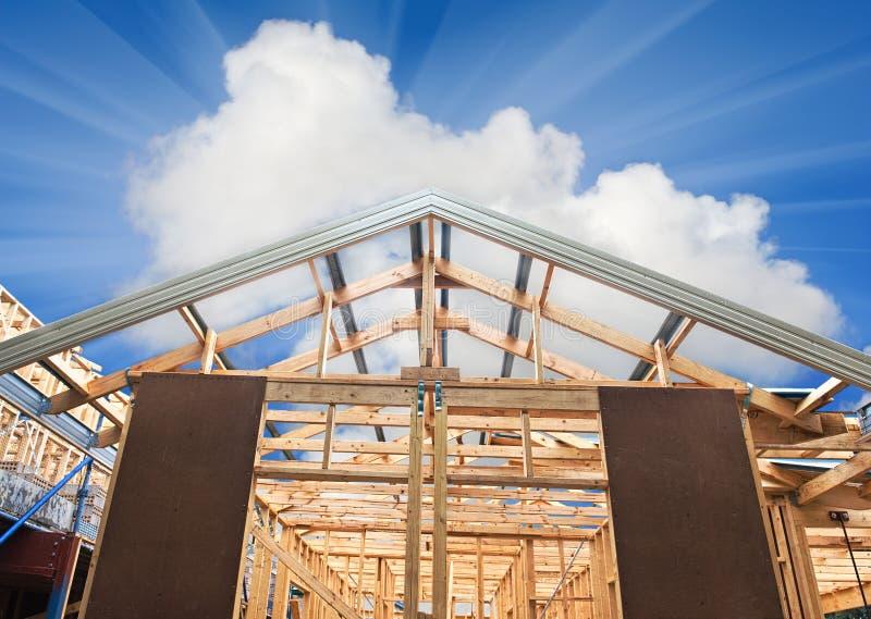 构成家庭新的建筑 免版税库存照片