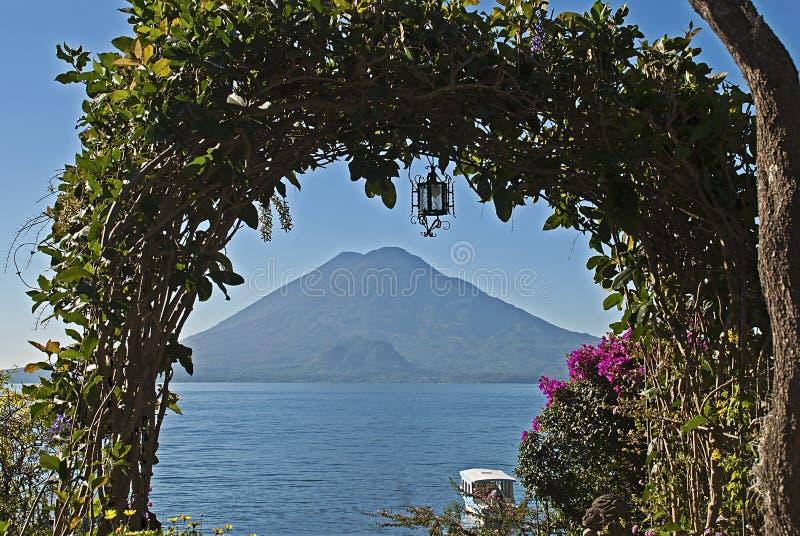 构成的火山在危地马拉 免版税图库摄影