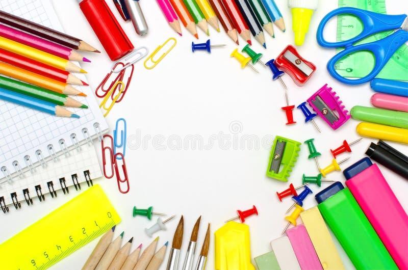 构筑为学校和办公室的学校文具 免版税库存照片