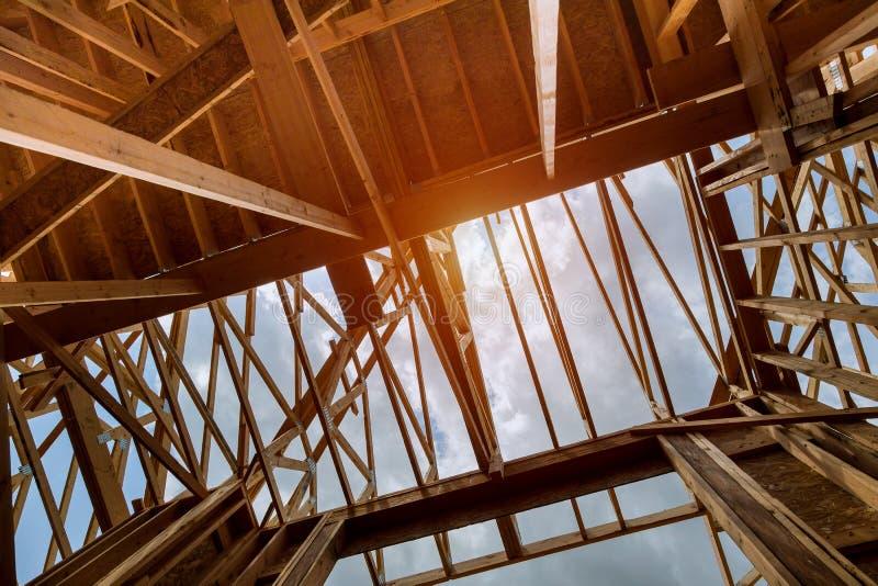 构筑的射线新房建设中家构筑 图库摄影