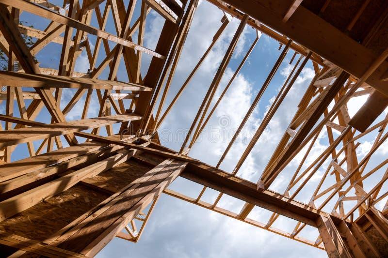 构筑的射线新房建设中家构筑 免版税库存照片