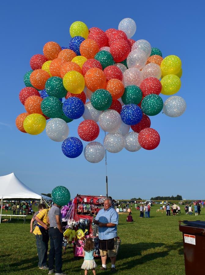 林肯气球节日的气球卖主 图库摄影