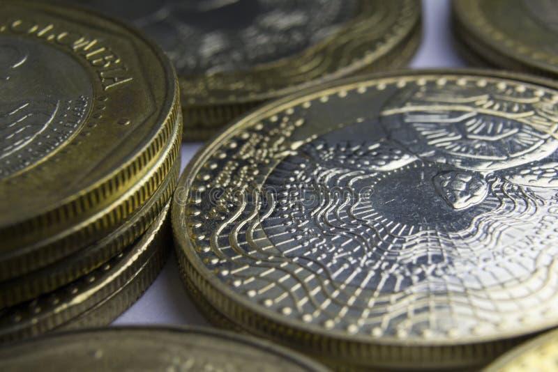 1000枚哥伦比亚比索硬币 硬币构成宏指令  库存照片