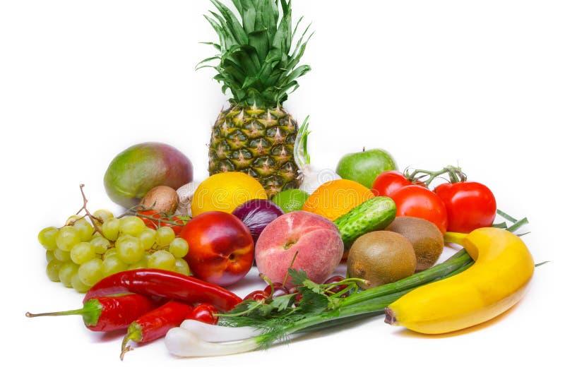 水果和蔬菜隔绝了白色背景 免版税库存照片