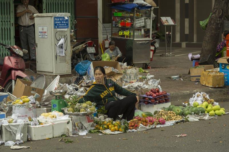 果子卖主在胡志明,越南 库存图片