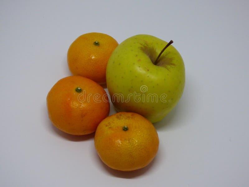 果子各种各样的苹果和蜜桔 库存图片