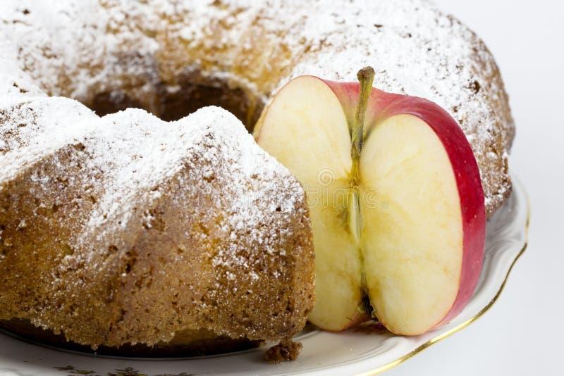 果子对蛋糕 免版税图库摄影