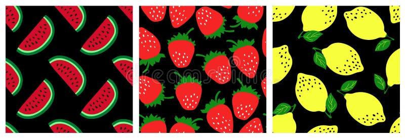 水果无缝图案组 西瓜,草莓,柠檬 时尚服装设计 用于衣服、裙子、床单或窗帘的食品印刷 向量例证