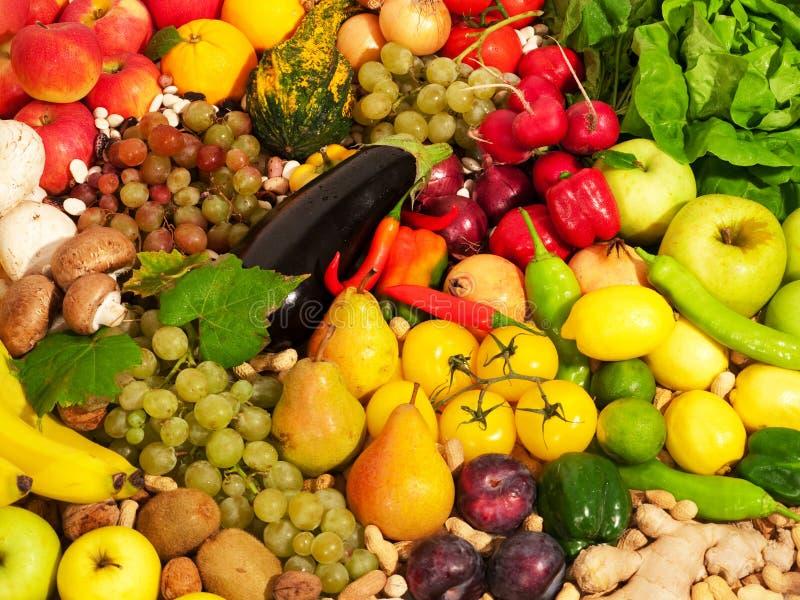 果子混杂的蔬菜 库存照片