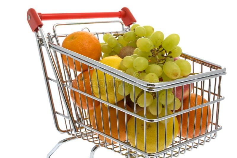 果子购物的超级市场台车 免版税库存照片