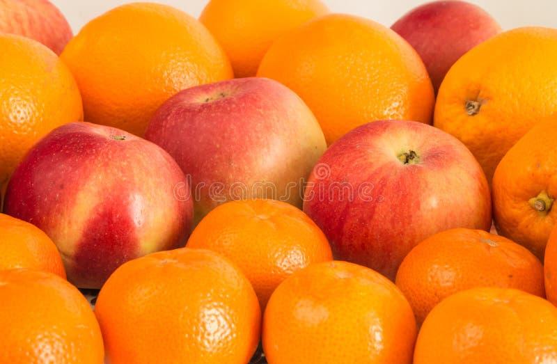 果子静物画橘子苹果盘子 库存图片