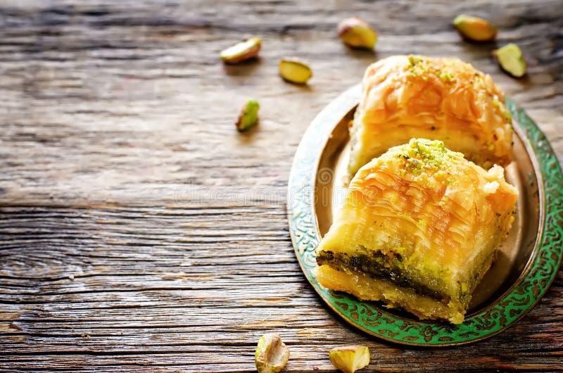 果仁蜜酥饼用开心果 土耳其传统欢欣 免版税库存图片