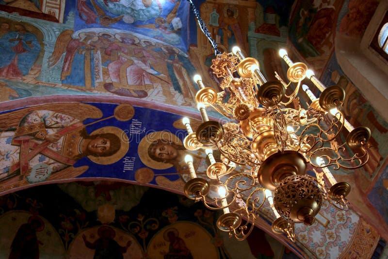 枝形吊灯诞生的苏兹达尔大教堂 库存照片
