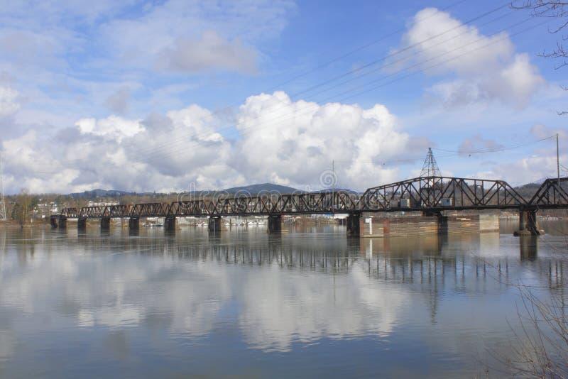 架桥列车 库存图片