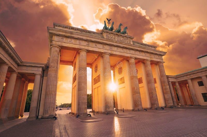 柏林勃兰登堡门Brandenburger突岩 库存照片