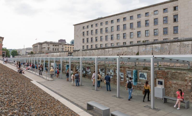 柏林围墙遗骸在柏林,德国 库存照片