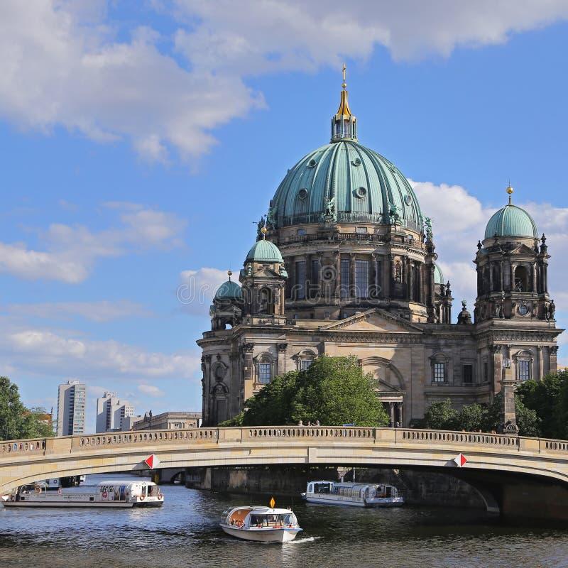 柏林大教堂 德语柏林大教堂 在博物馆岛的一个著名地标在米特区, 免版税库存图片