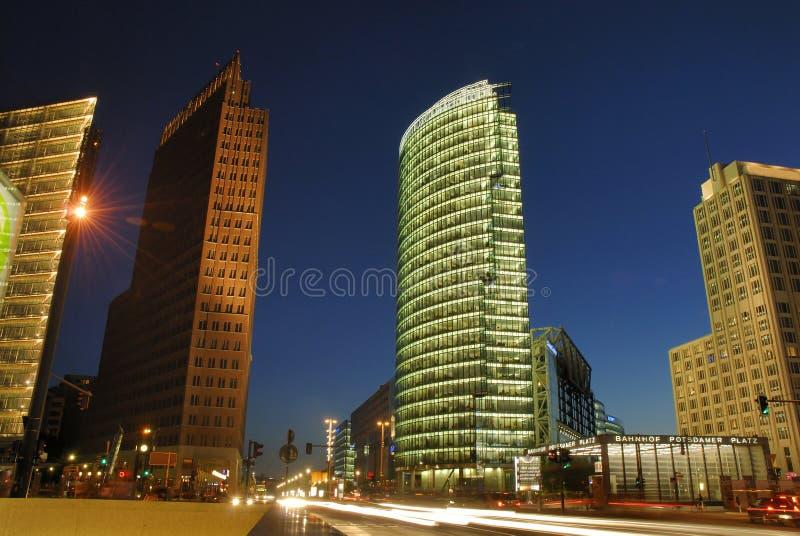 柏林晚上platz potsdammer 免版税库存图片