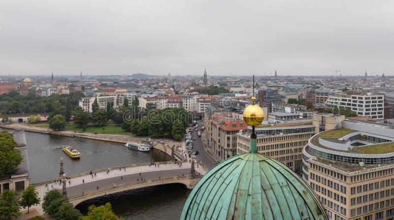 柏林空中都市风景从柏林Dom的顶端 免版税库存照片