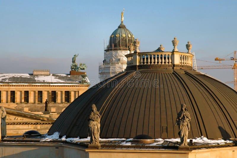 柏林覆以圆顶东部 库存照片