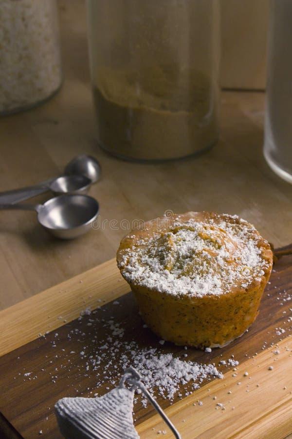 柠檬罂粟种子松饼 库存照片