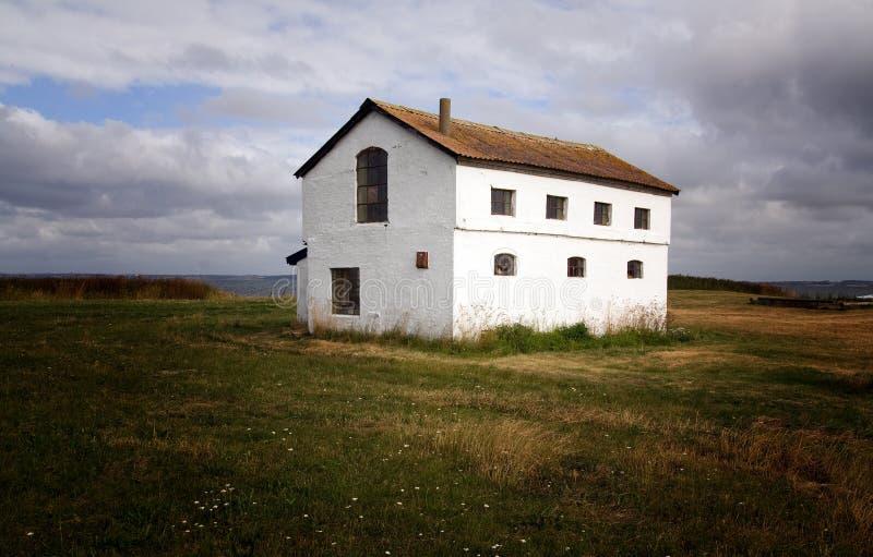 查出的农田房子 免版税库存照片