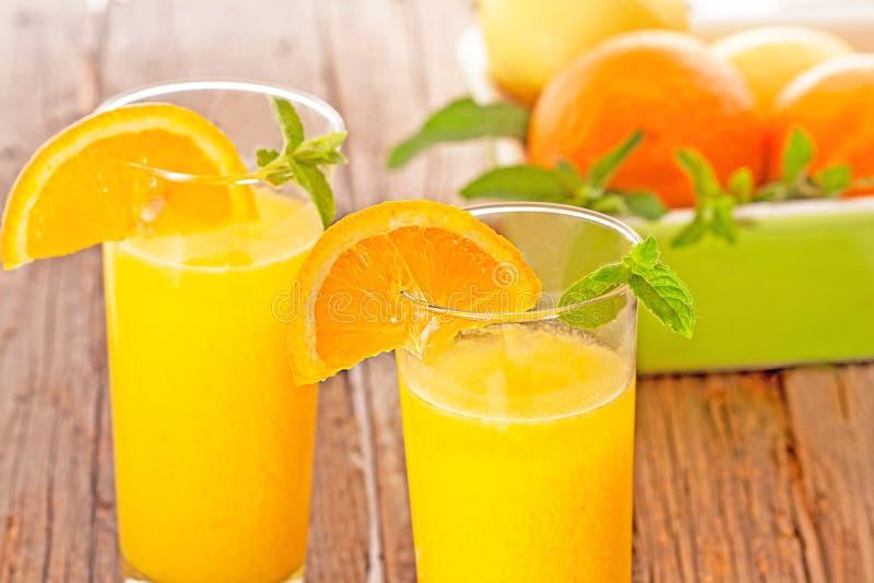 查出的汁液橙色白色 免版税图库摄影