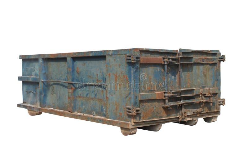查出的老生锈的蓝色垃圾大型垃圾桶 免版税库存照片