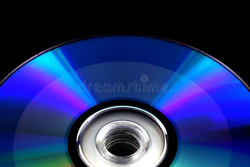 查出记录的黑色CD的光盘dvd 库存照片