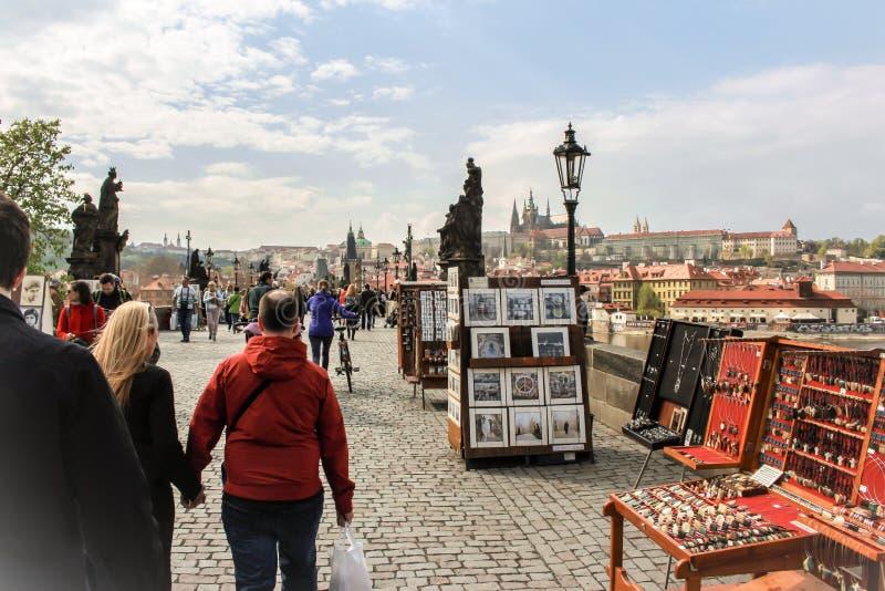 查尔斯桥梁在Prag,捷克共和国 库存照片