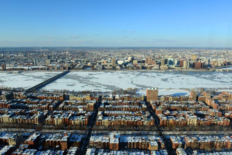 查尔斯河和后面海湾在波士顿,美国 免版税图库摄影