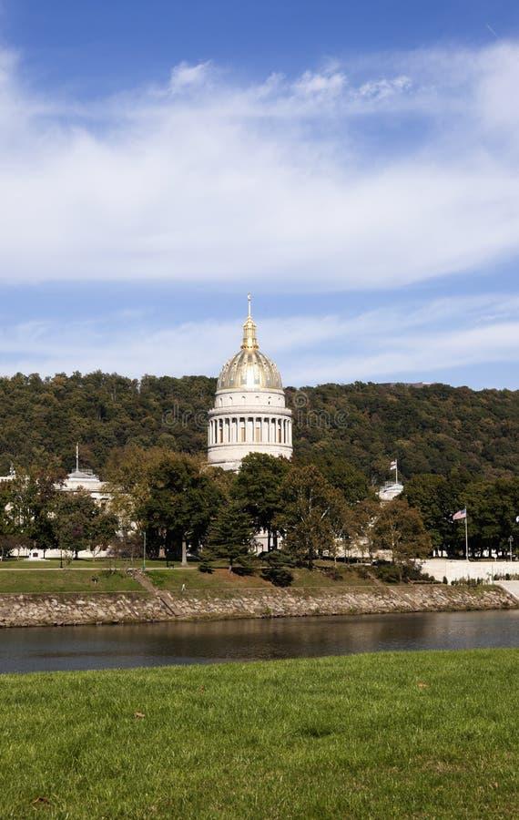 查尔斯顿,西维吉尼亚-状态国会大厦大厦 免版税库存图片