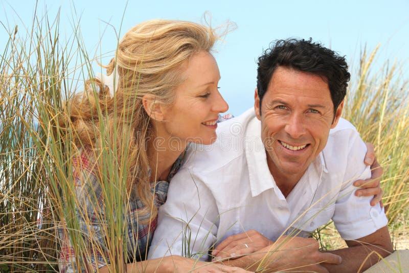 查找妻子的丈夫 免版税图库摄影