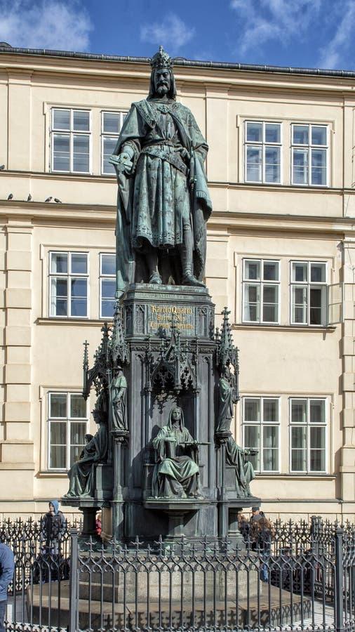 查理四世,发怒正方形,布拉格,捷克的骑士雕象  免版税图库摄影