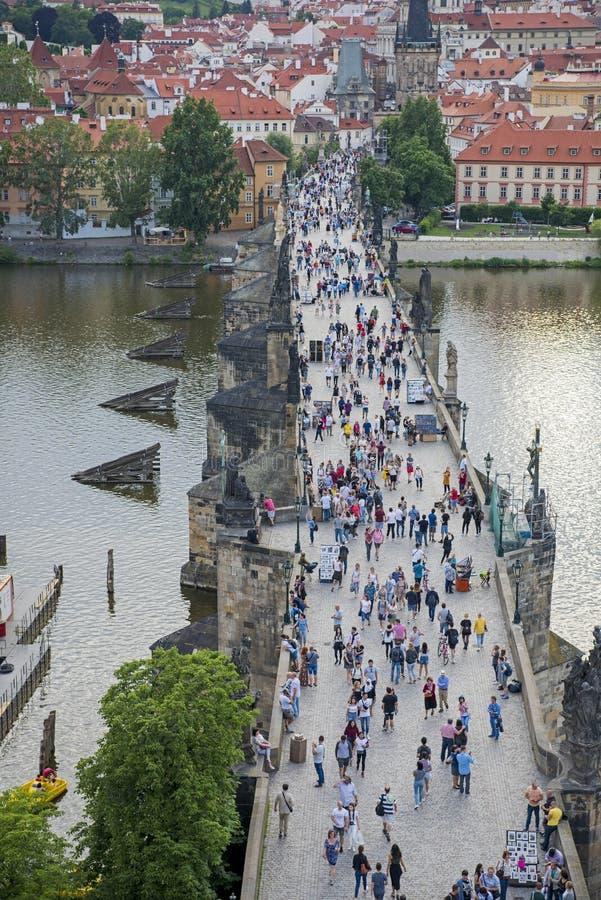查理大桥,布拉格,捷克,2019年6月 图库摄影