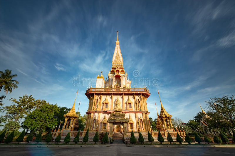查龙寺庙在普吉岛泰国 库存照片