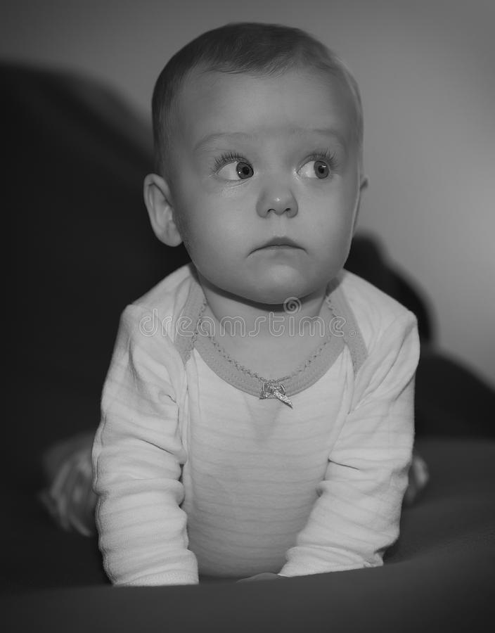 查寻的女婴 免版税库存照片