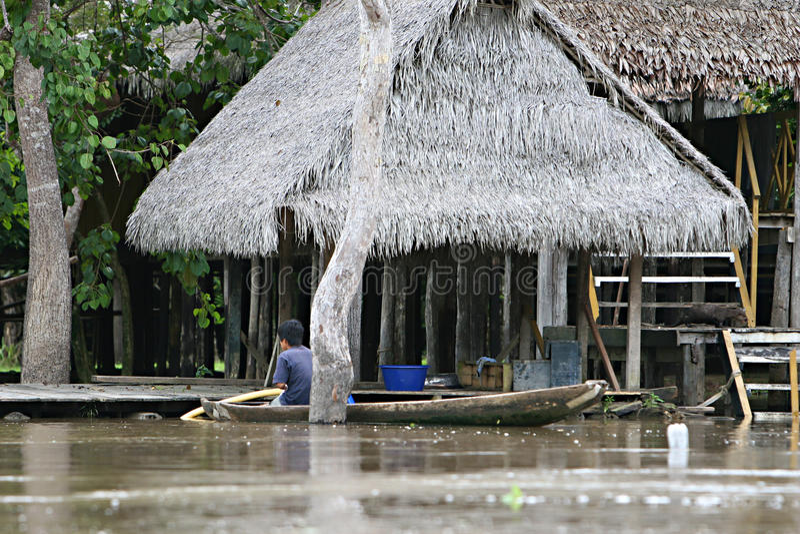柬埔寨房子收割siem高跷 免版税库存图片