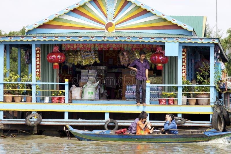柬埔寨浮动的市场 免版税库存图片
