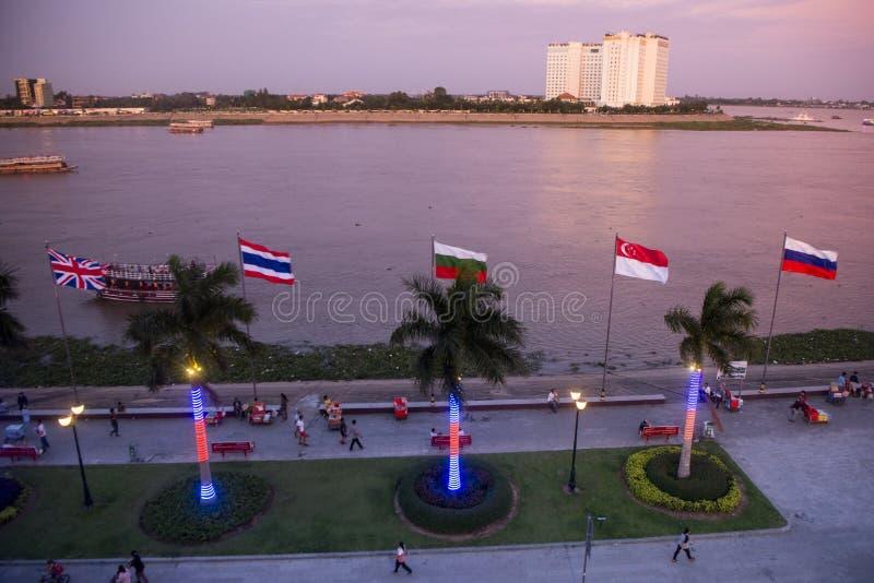 柬埔寨金边TONLE SAP河市 免版税库存图片