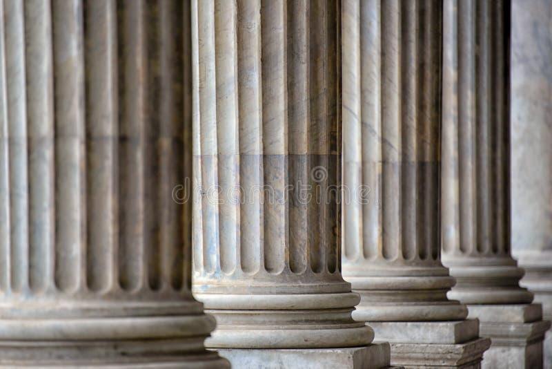 柱廊在罗马 免版税库存图片