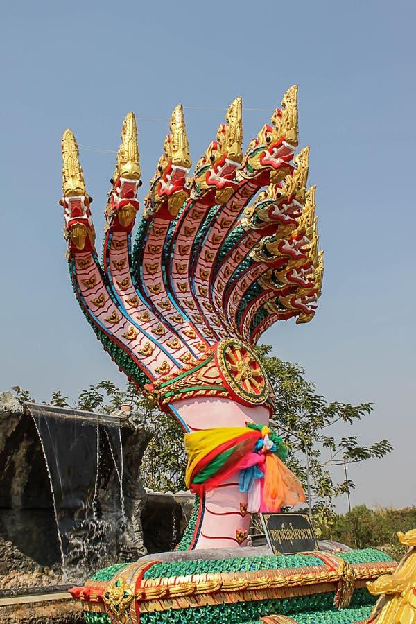 标志大混凝土许多Phaya纳卡人,泰国龙 库存图片