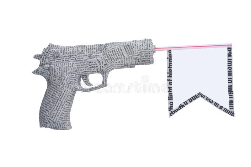 标志查出的报纸手枪白色 免版税库存照片
